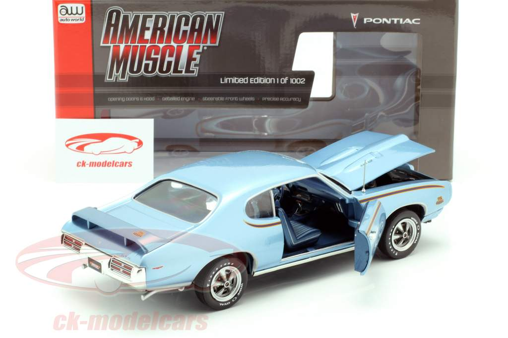 Pontiac GTO Judge Ano de construção 1969 azul metálico 1:18 Autoworld