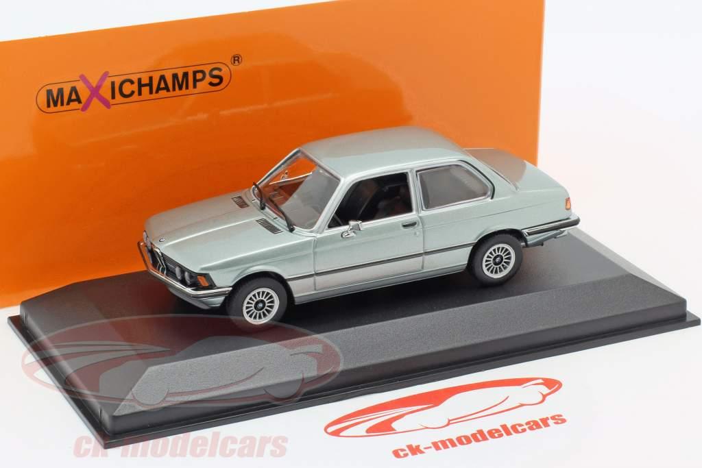 BMW 323i (E21) Baujahr 1975 blaugrau metallic 1:43 Minichamps