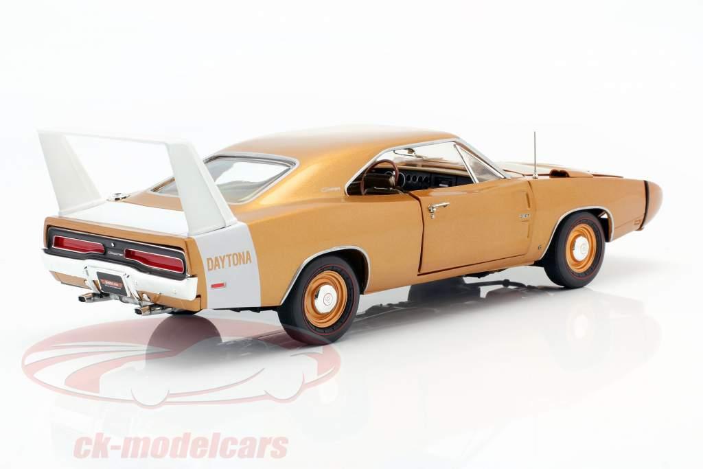Dodge Charger Daytona Byggeår 1969 bronze metallisk 1:18 Autoworld