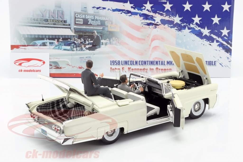 Lincoln Continental MK III Converteerbaar 1958 J. F. Kennedy met beeldjes 1:18 SunStar