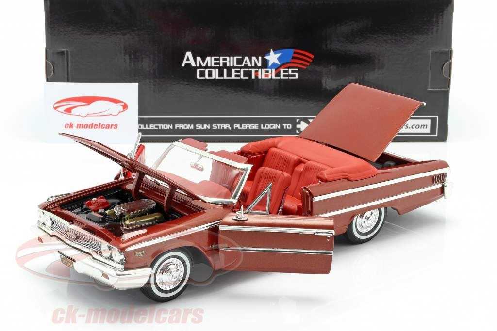 Ford Galaxie 500 XL Open convertibile 1963 castagno 1:18 SunStar