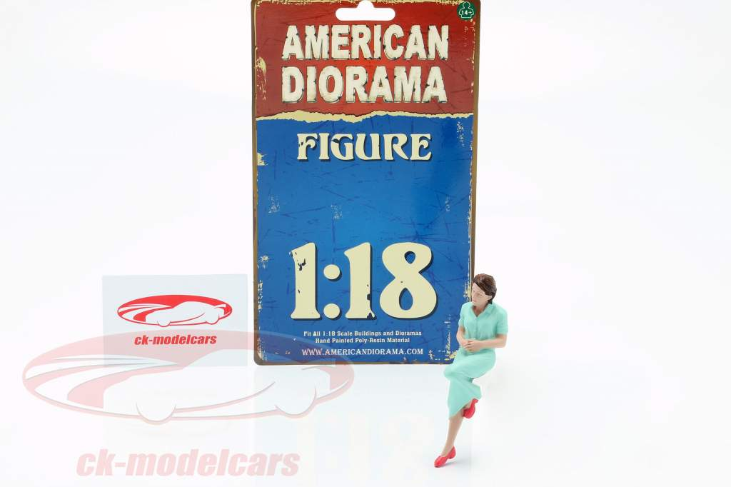 Sitting Lovers Figure #2 1:18 American Diorama