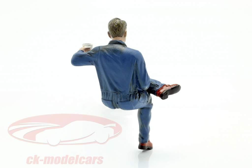 Sitting Mechanic Figure #1 1:18 American Diorama