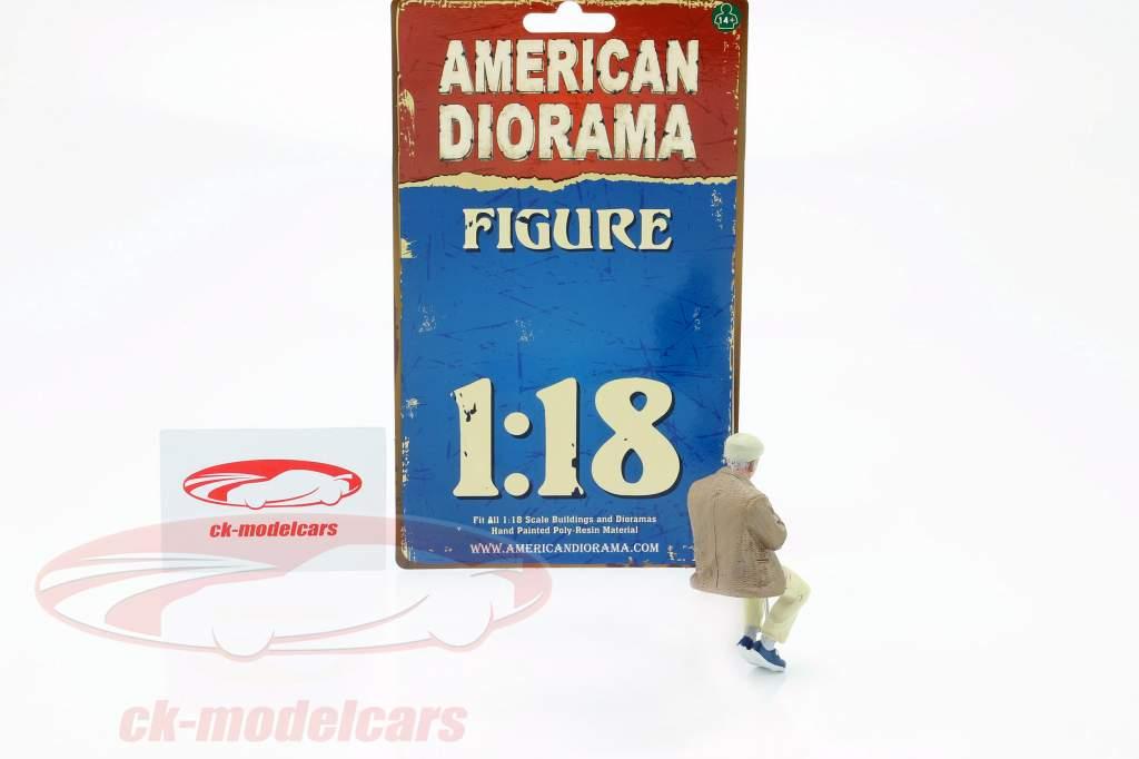 Sitting Old Couple Figure #1 1:18 American Diorama
