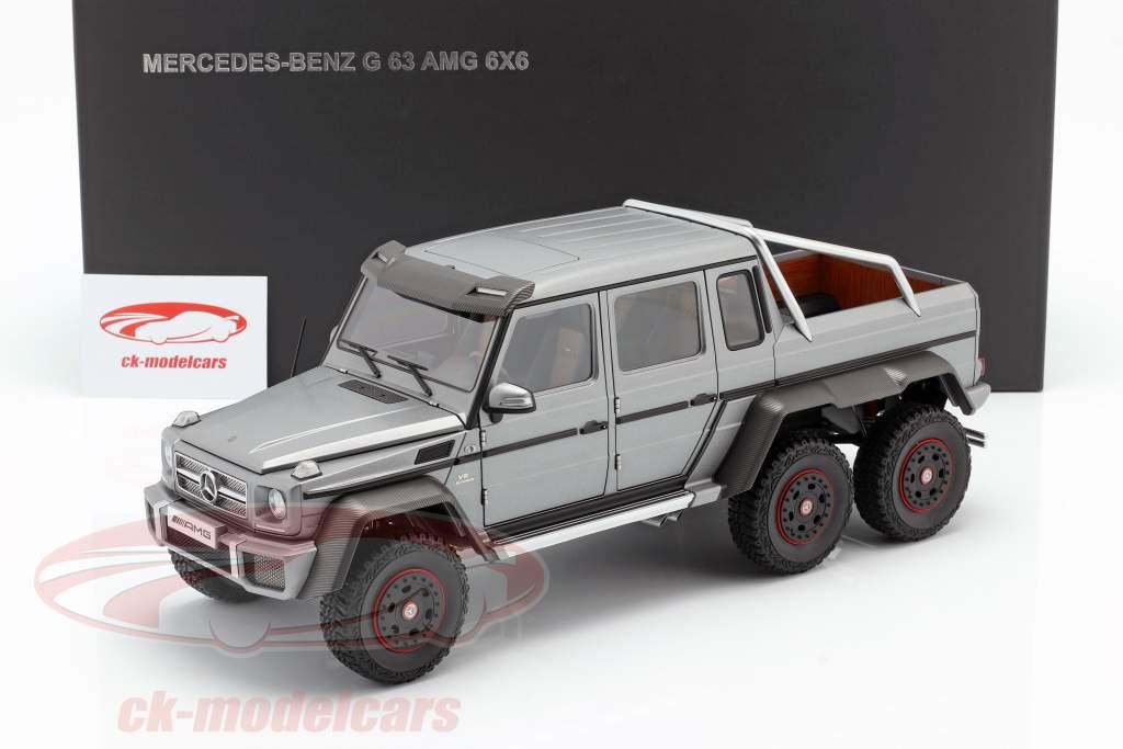 Mercedes-Benz G63 AMG 6x6 Byggeår 2013 designo platinum magno 1:18 AUTOart