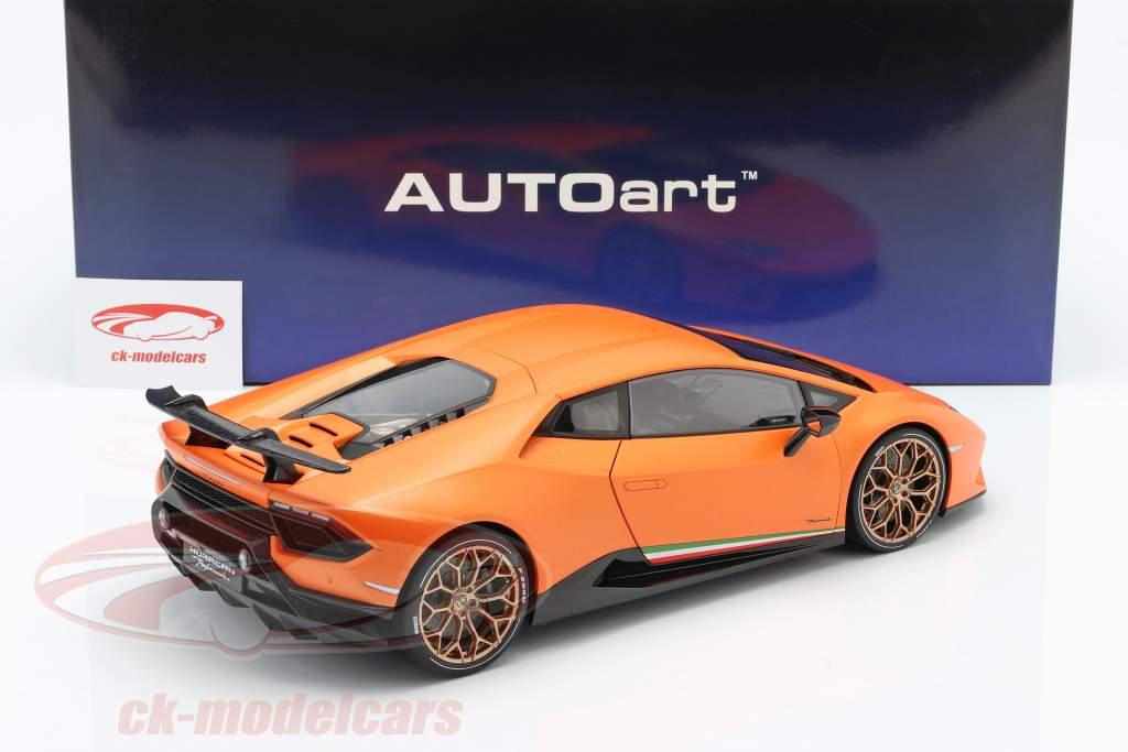 Lamborghini Huracan Performante Byggeår 2017 anthaeus appelsin 1:12 AUTOart