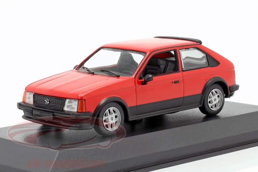 Opel Kadett D SR Byggeår 1982 rød 1:43 Minichamps