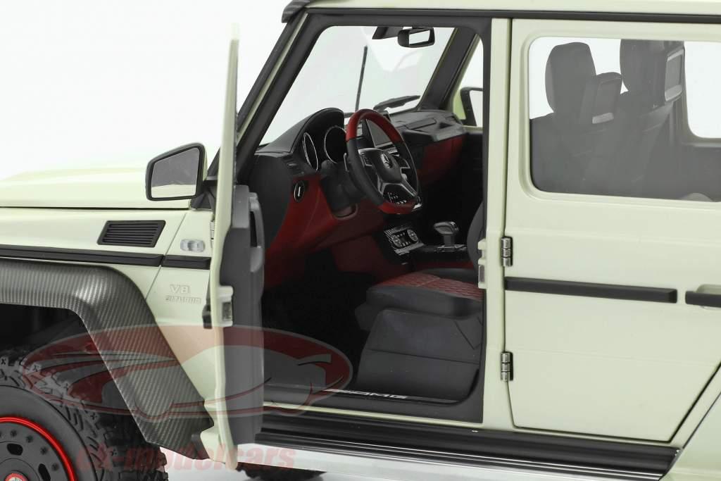 Mercedes-Benz G63 AMG 6x6 Année de construction 2013 designo diamant blanc 1:18 AUTOart