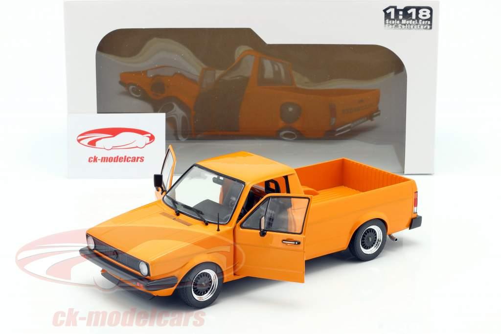 Volkswagen VW Caddy MK1 Année de construction 1982 orange 1:18 Solido