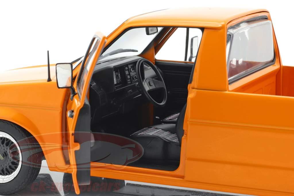 Volkswagen VW Caddy MK1 Anno di costruzione 1982 arancione 1:18 Solido