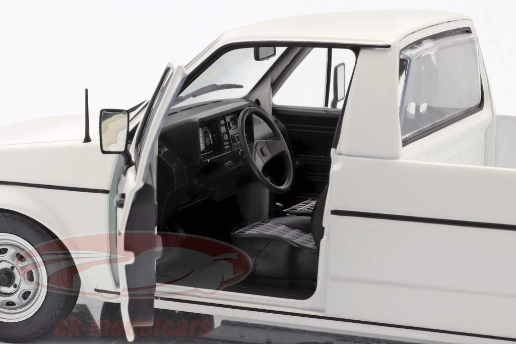 Volkswagen VW Caddy MK1 Byggeår 1982 hvid 1:18 Solido