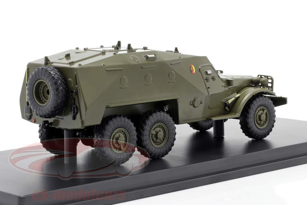 SPW-152 NVA Vehículo militar aceituna oscura 1:43 Premium ClassiXXs
