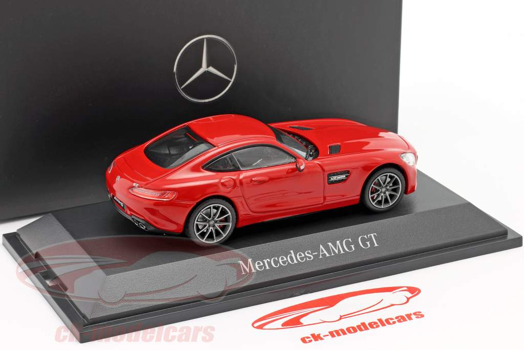 Mercedes-Benz AMG GT Coupe (C190) jupiter red 1:43 Norev