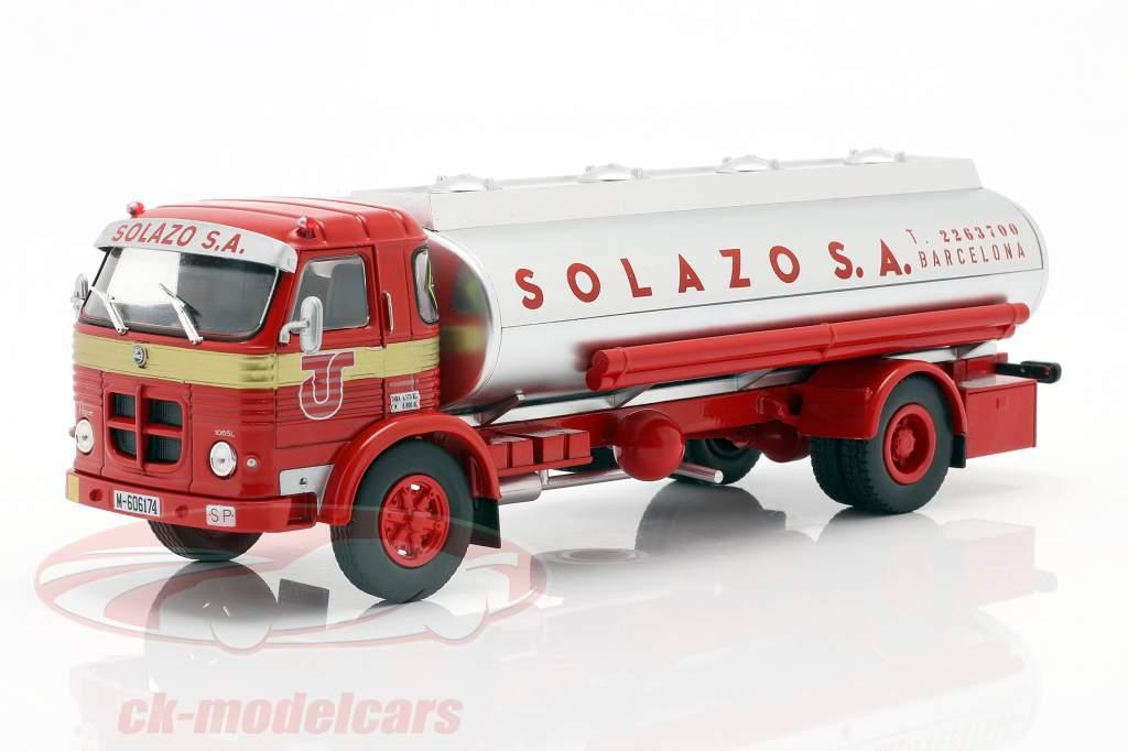 Pegaso 1065 L Europa Solazo petroliera Anno di costruzione 1969 rosso / argento 1:43 Altaya