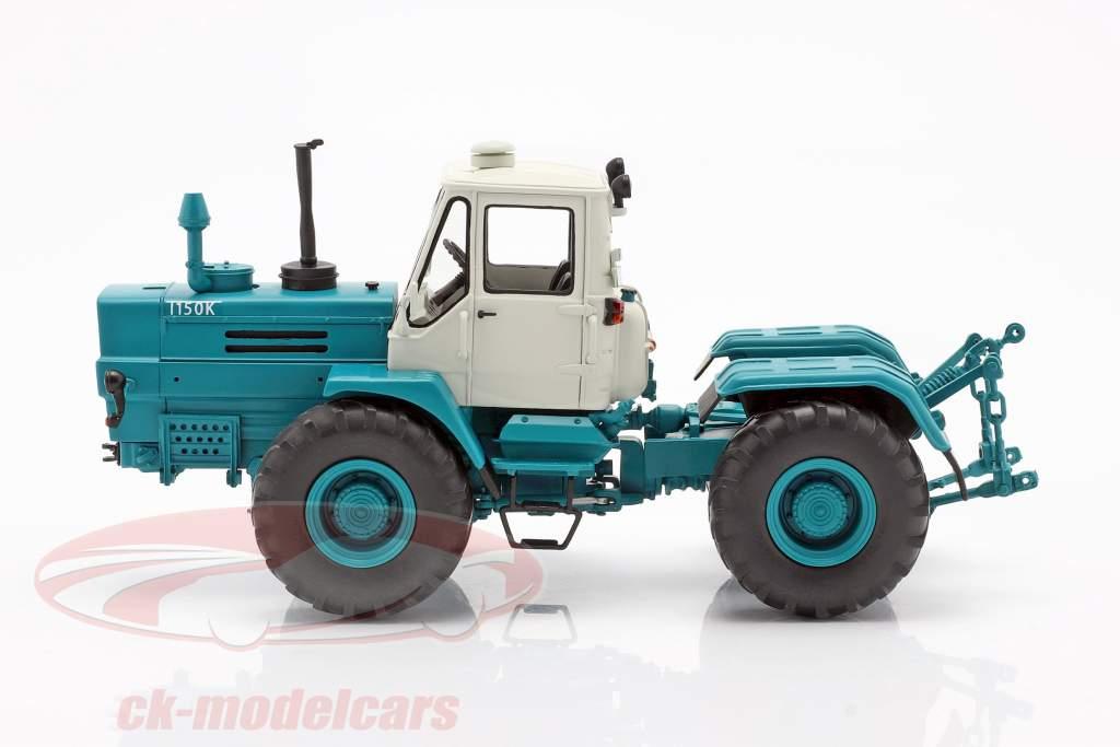 Charkow T-150K Traktor blau 1:32 Schuco