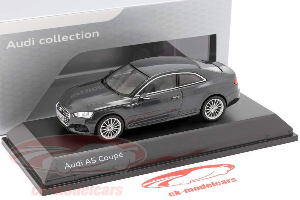 Audi A5 Coupe Manhattan grijs 1:43 Spark