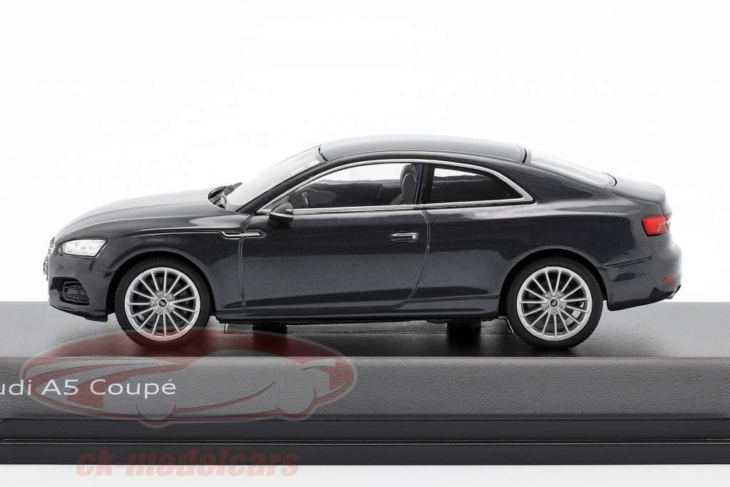 Audi A5 Coupe manhattan grau 1:43 Spark