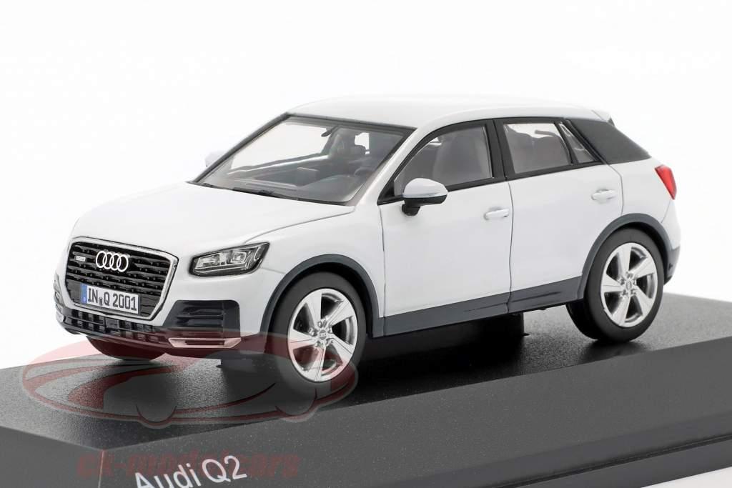 Audi Q2 (GA) year 2016 glacier white 1:43 iScale