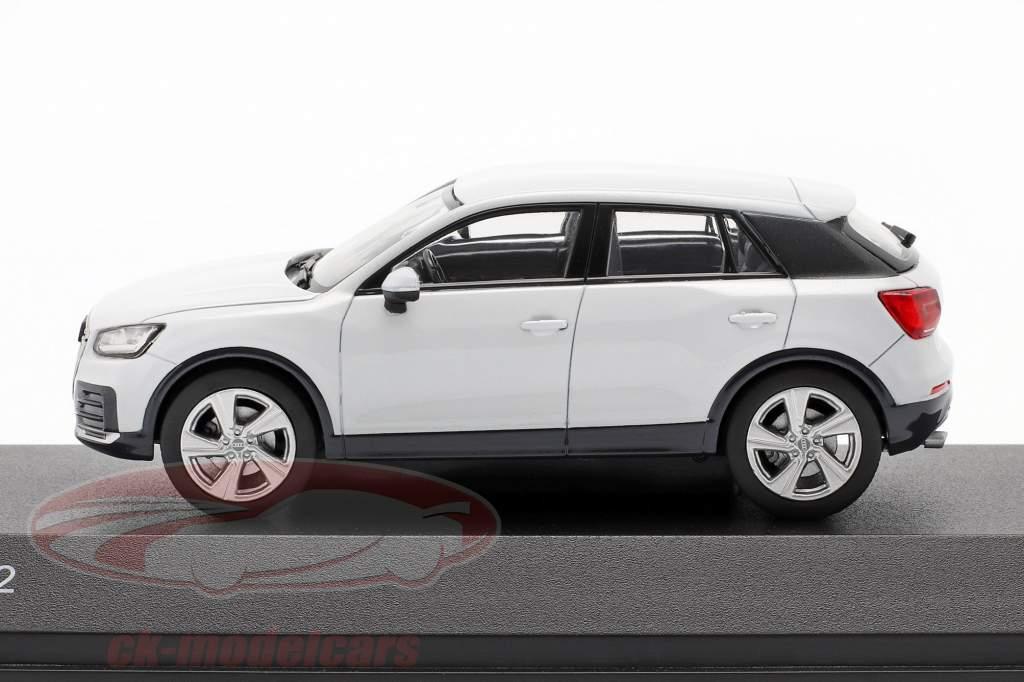 Audi Q2 (GA) Byggeår 2016 gletscher hvid 1:43 iScale