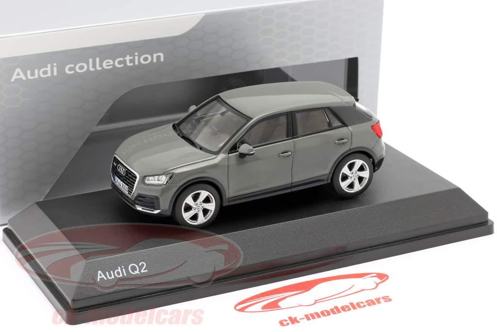 Audi Q2 grigio quantistica 1:43 iScale