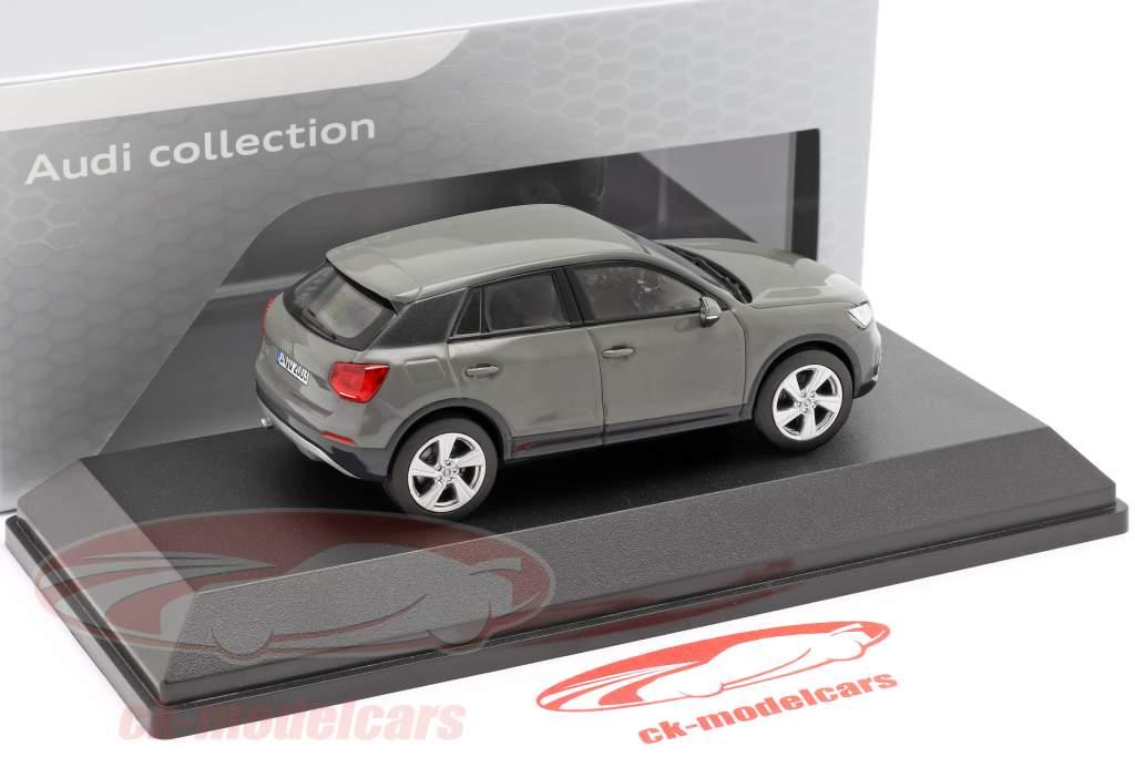 Audi Q2 kvante grå 1:43 iScale