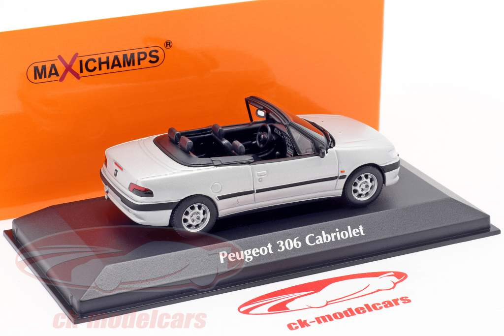 Peugeot 306 Descapotable Año de construcción 1998 colchoneta plata 1:43 Minichamps