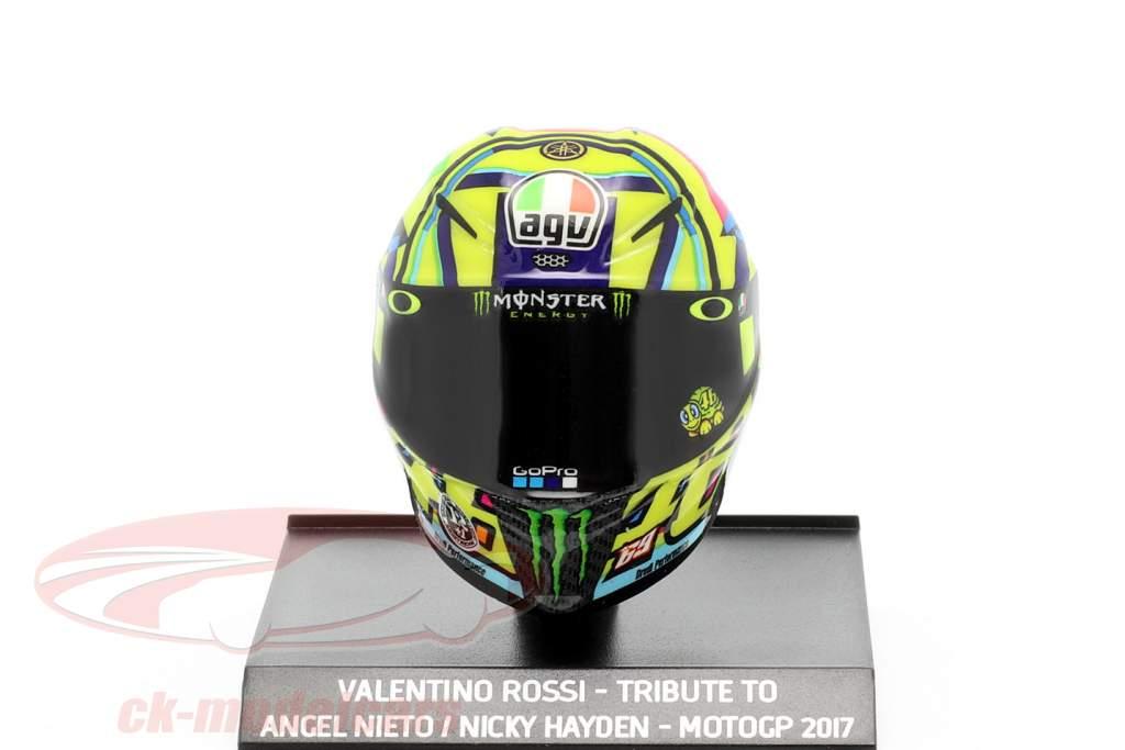 Valentino Rossi Eerbetoon aan A. Nieto / N. Hayden MotoGP 2017 AGV Helm 1:10 Minichamps