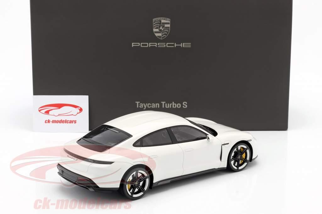 Porsche Taycan Turbo S Baujahr 2019 carraraweiß mit Vitrine 1:18 Minichamps