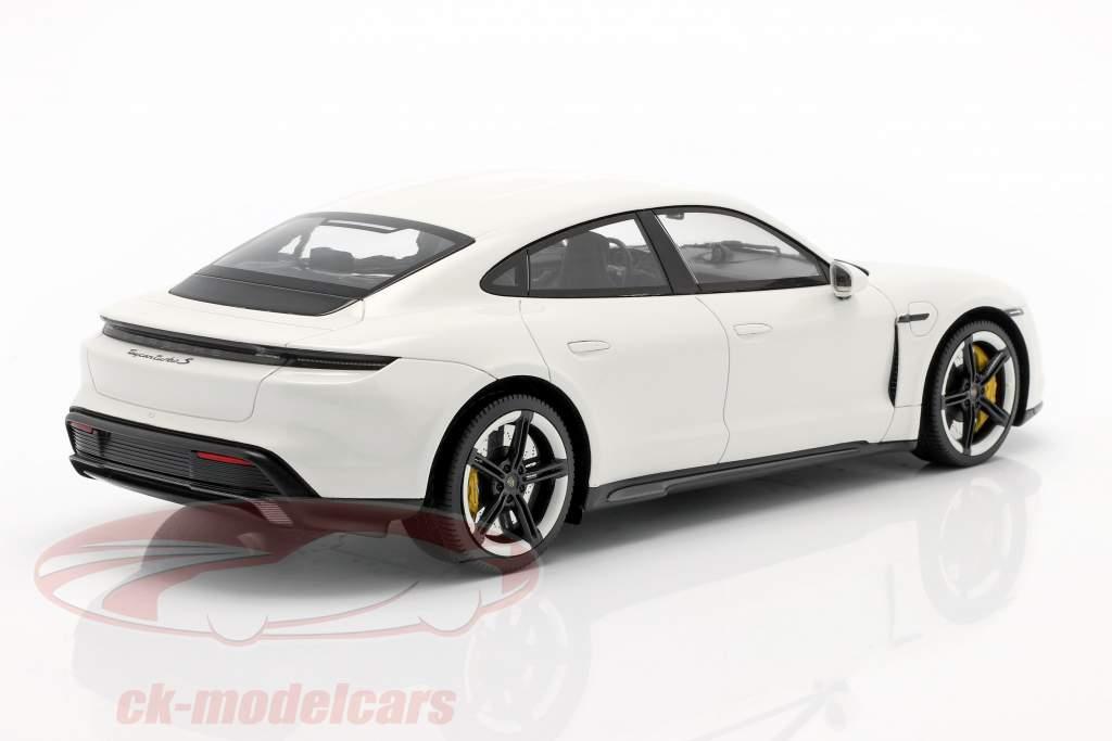 Porsche Taycan Turbo S Byggeår 2019 carrara hvid med udstillingsvindue 1:18 Minichamps