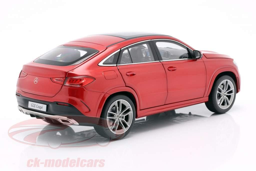 Mercedes-Benz GLE Coupe (C167) designo jacinto vermelho metálico 1:18 iScale