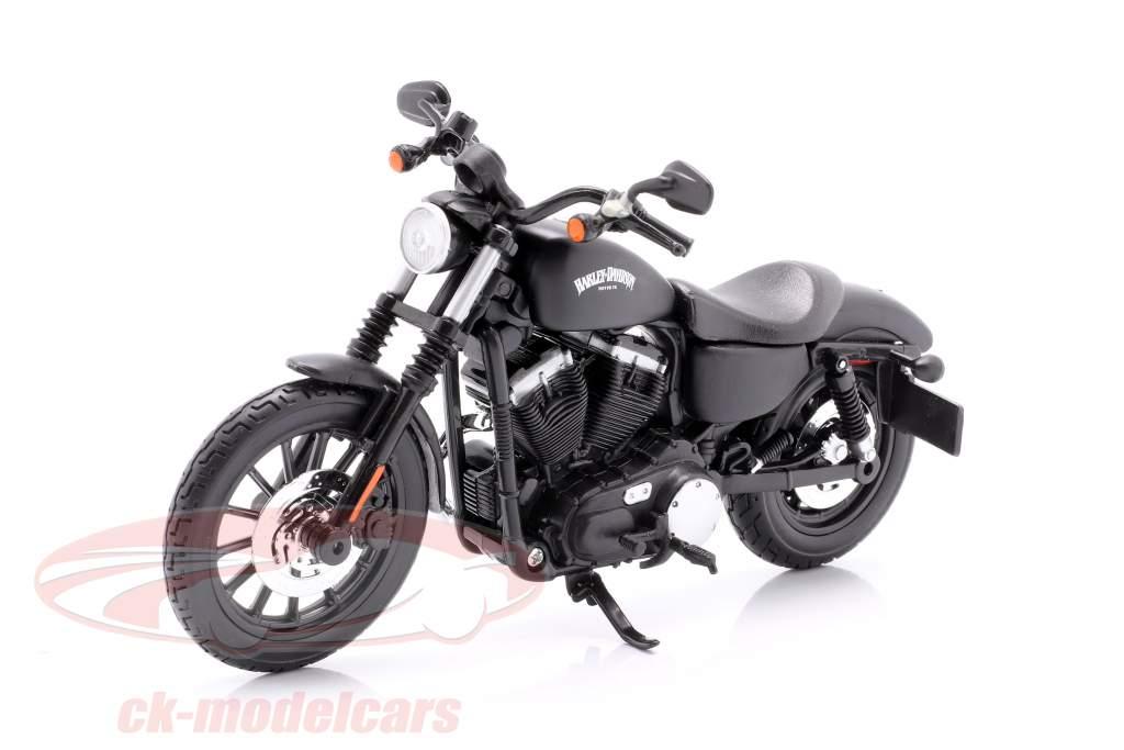 Harley Davidson Sportster Iron 883 year 2014 black 1:12 Maisto