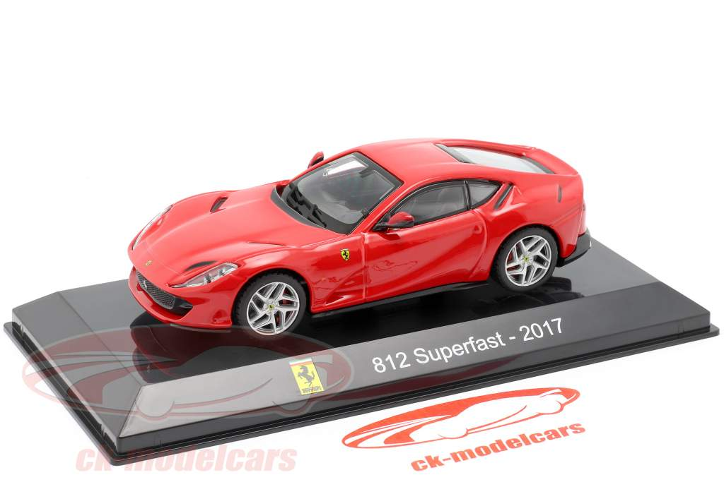 Ferrari 812 Superfast Année de construction 2017 rouge 1:43 Altaya