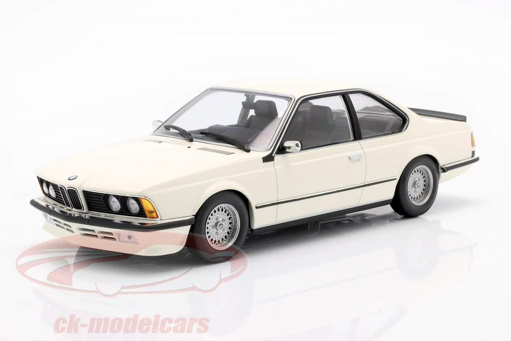BMW 635 CSi (E24) year 1982 white 1:18 Minichamps