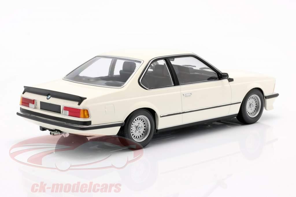 BMW 635 CSi (E24) Año de construcción 1982 blanco 1:18 Minichamps