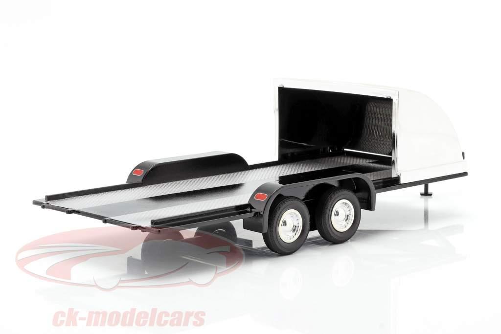 quattro ruota aperto auto trailer nero / cromo 1:18 Autoworld