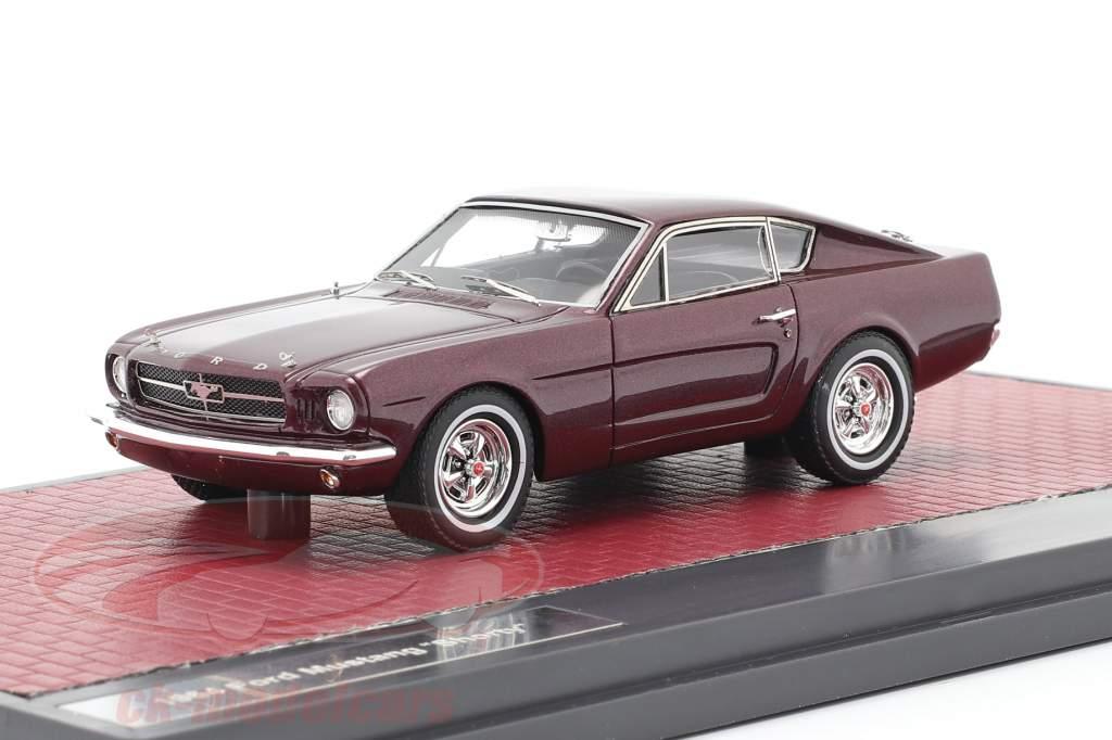 Ford Mustang Fastback Shorty Bouwjaar 1964 donker rood metallic 1:43 Matrix