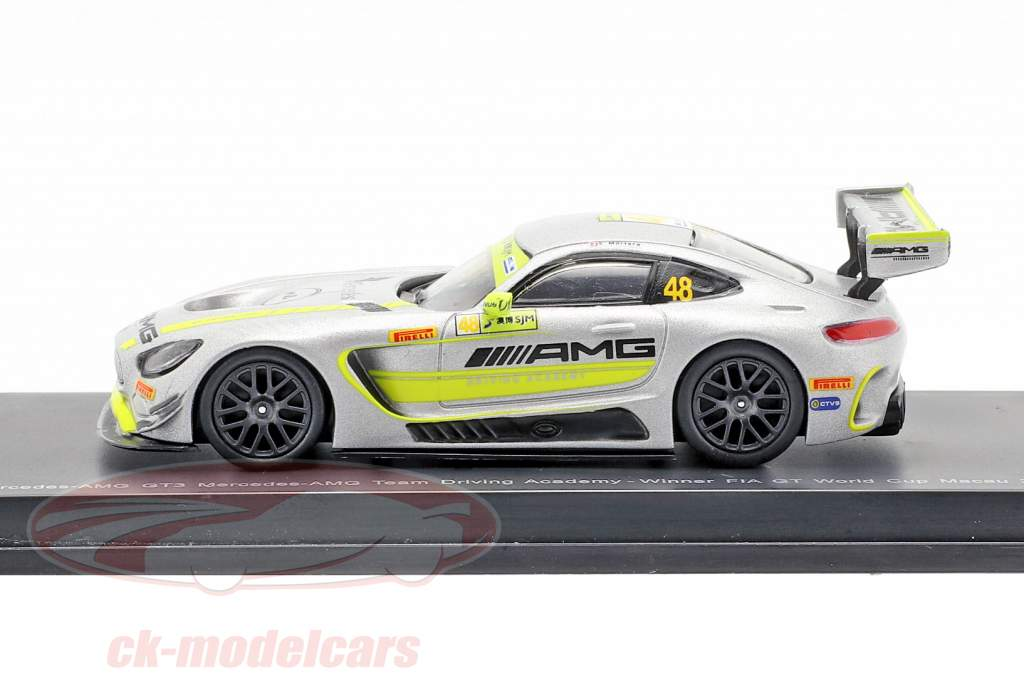 Mercedes-Benz AMG GT3 #48 Ganador FIA GT World Cup Macau 2017 Mortara 1:64 Spark