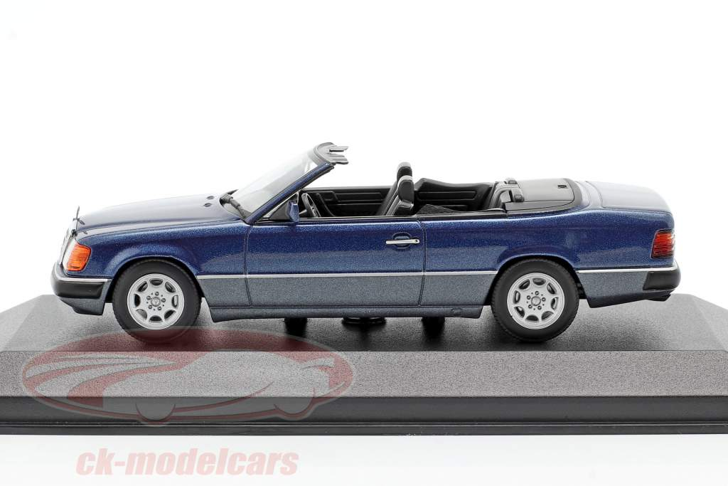 Mercedes-Benz 300 CE-24 Cabriolet (A124) 1991 azul metálico 1:43 Minichamps