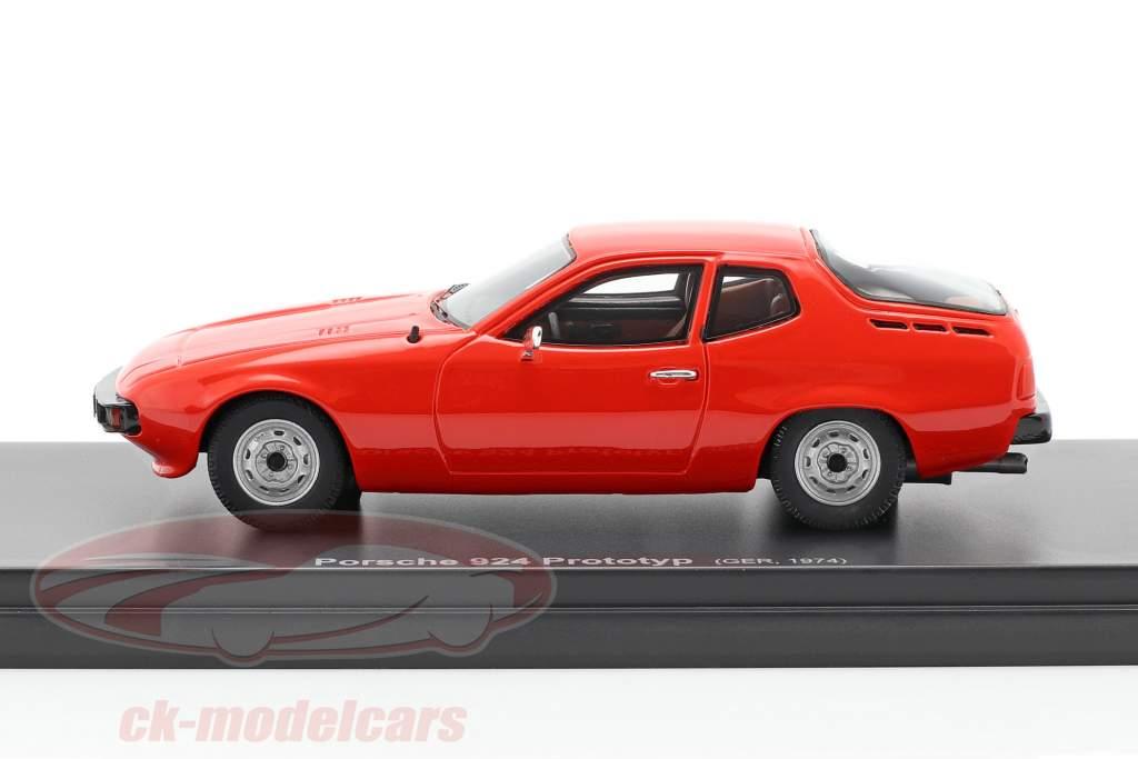 Porsche 924 Prototype Bouwjaar 1974 rood 1:43 AutoCult