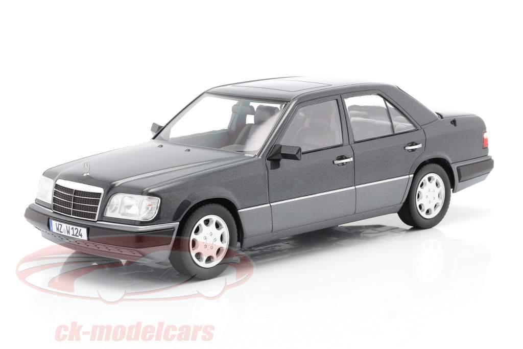Mercedes-Benz E klasse (W124) Bouwjaar 1989 blauw-zwart metallic 1:18 iScale