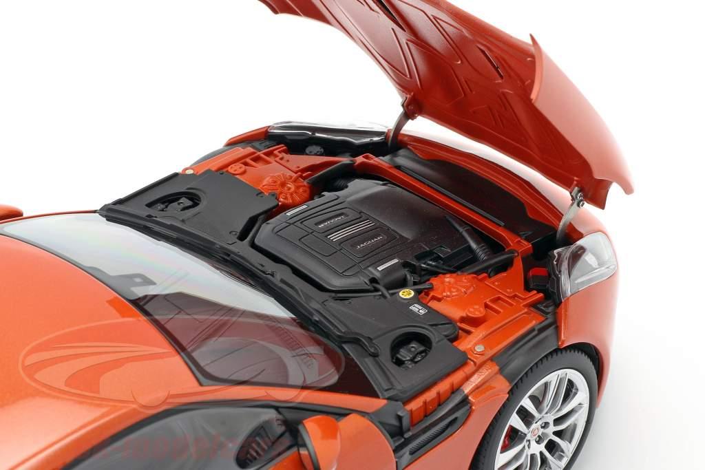 Jaguar F-Type R Coupe Year 2015 orange metallic 1:18 AUTOart