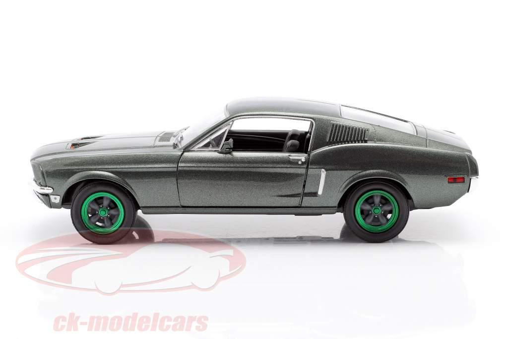 Ford Mustang GT year 1968 Movie Bullitt (1968) green rims 1:24 Greenlight
