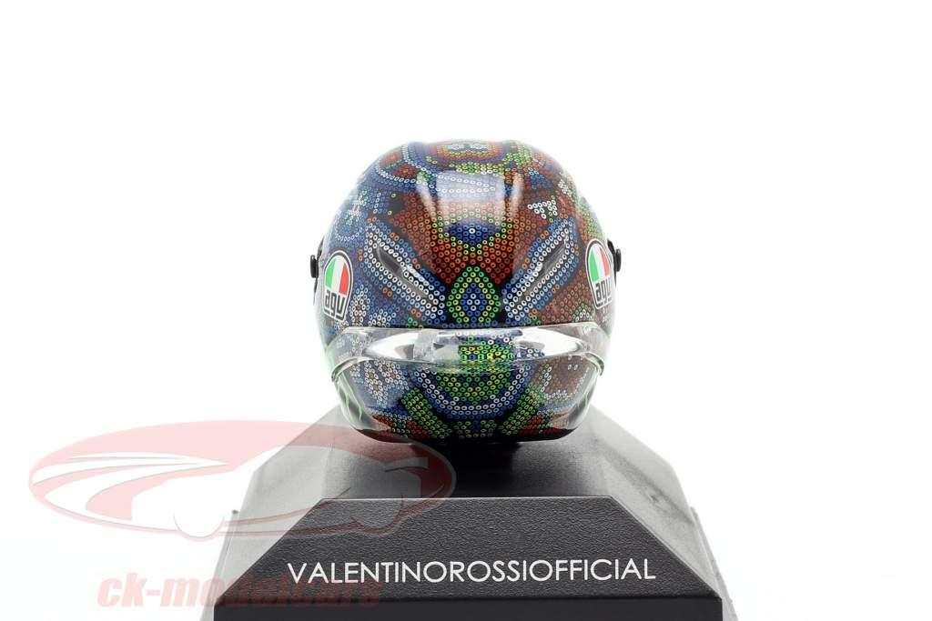 Valentino Rossi Winter Test Sepang MotoGP 2018 AGV hjelm 1:8 Minichamps