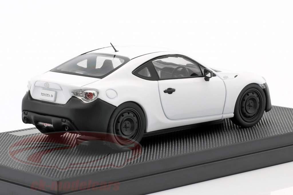Toyota 86 RC satin perle hvid 1:43 Ebbro