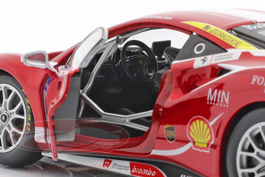 Ferrari 488 Challenge #11 Formula Racing Mugello 2017 N. Nielsen 1:24 Bburago