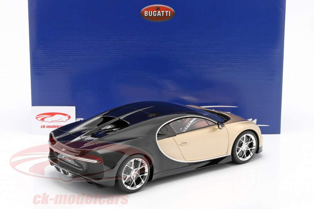 Bugatti Chiron Byggeår 2016 guld / sort 1:12 Kyosho