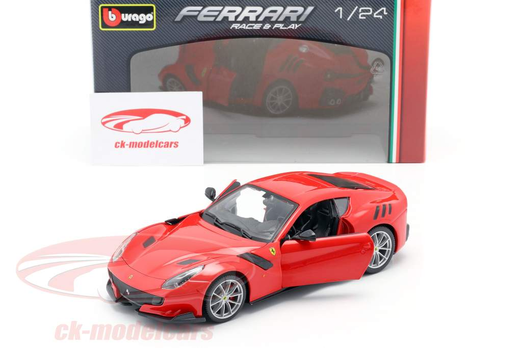 Ferrari F12 TDF année de construction 2016 rouge 1:24 Bburago