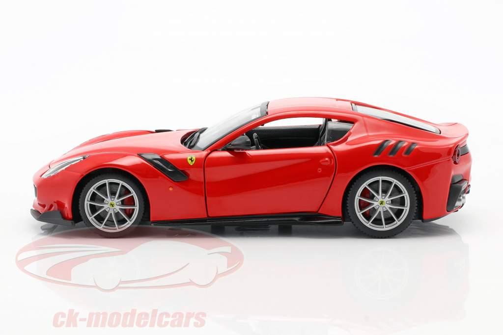 Ferrari F12 TDF ano de construção 2016 vermelho 1:24 Bburago