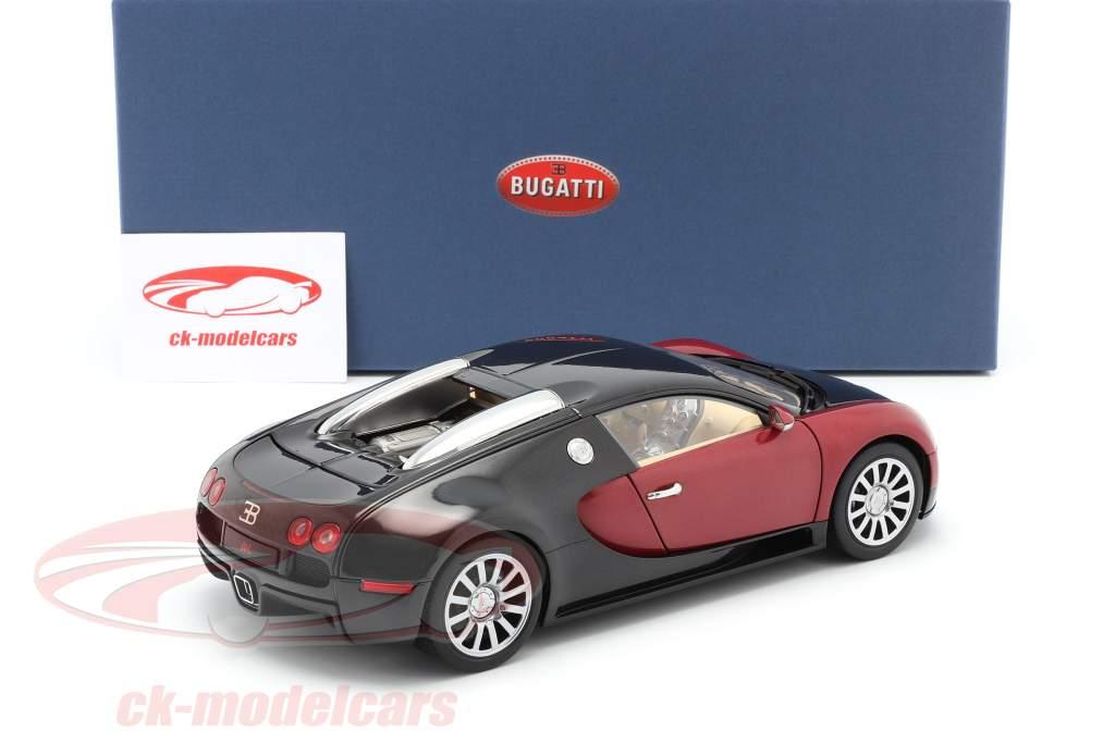 Bugatti EB 16.4 Veyron Bouwjaar 2006 zwart / purper 1:18 AUTOart