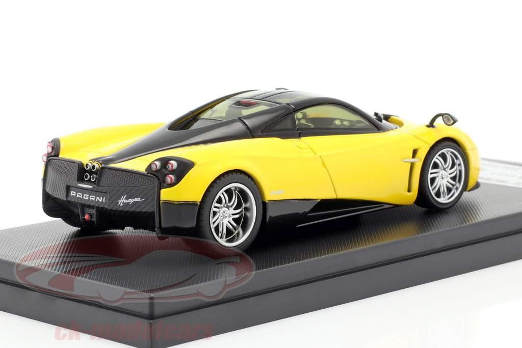 Pagani Huayra Year 2013 yellow / black 1:43 Welly GTA